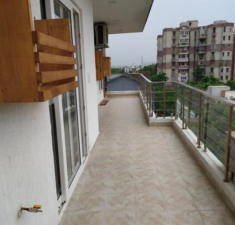 Brand New Builder Floor in Ardee City Sector-52 Gurgaon, HUDA City Centre Floor, Residential
